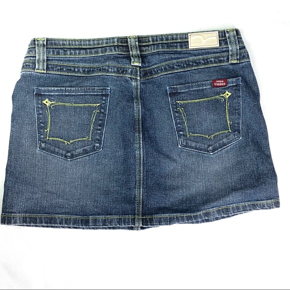 Vigoss Dresses & Skirts - Miss Vigoss Med wash denim mini skirt size 11/12